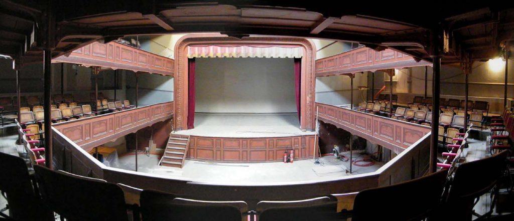 Aménagement intérieur et scénographique du Théâtre du Familistère Godin de Guise (02) – 390 Places